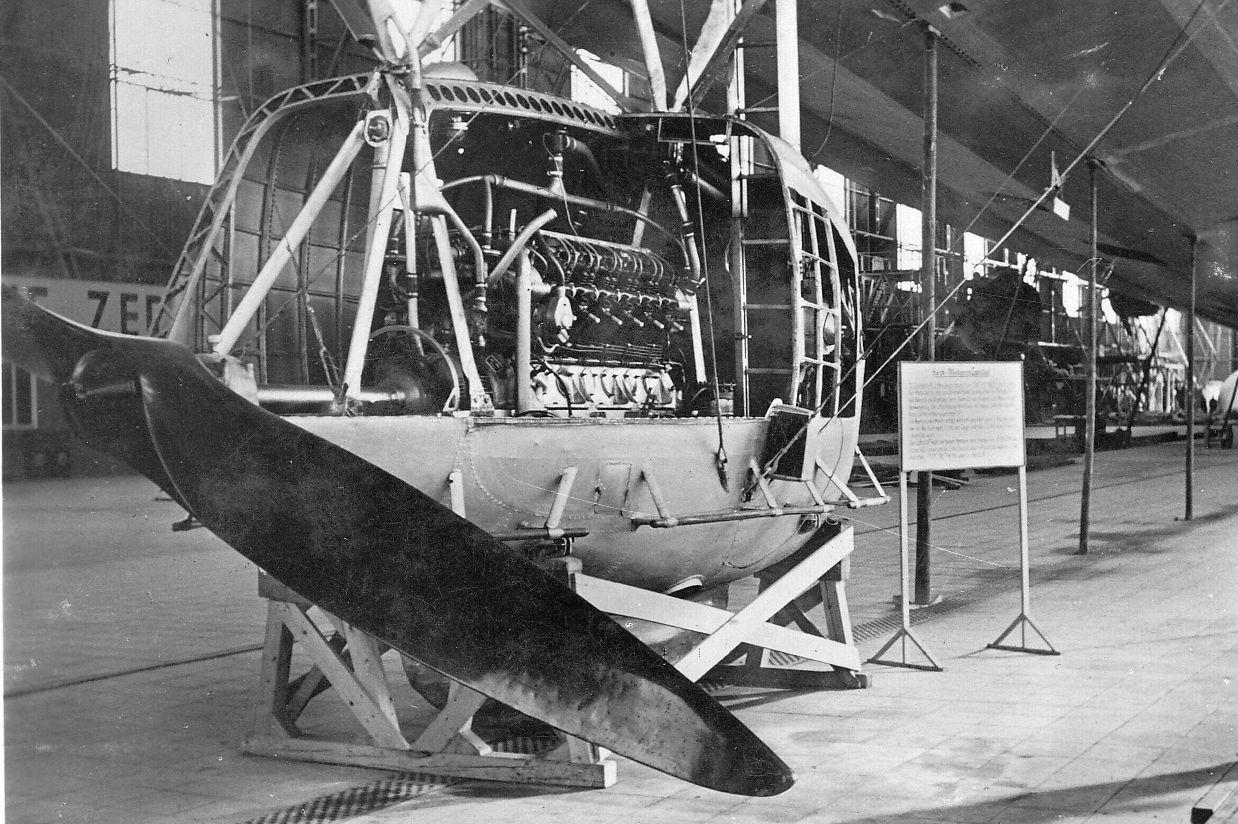 Zeppelin_Luftschiffhalle_Frankfurt_LZ_127_Motorgondel