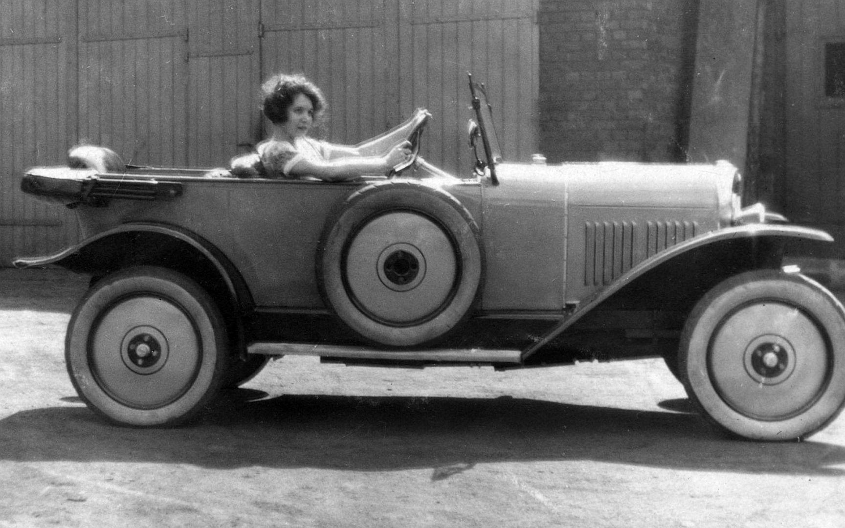 Opel_4-14_PS_1925_Galerie