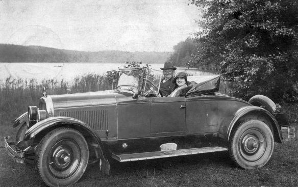 Chandler_Roadster_1926-27_Pk_Ahlbeck-Berlin_08-1928_Galerie
