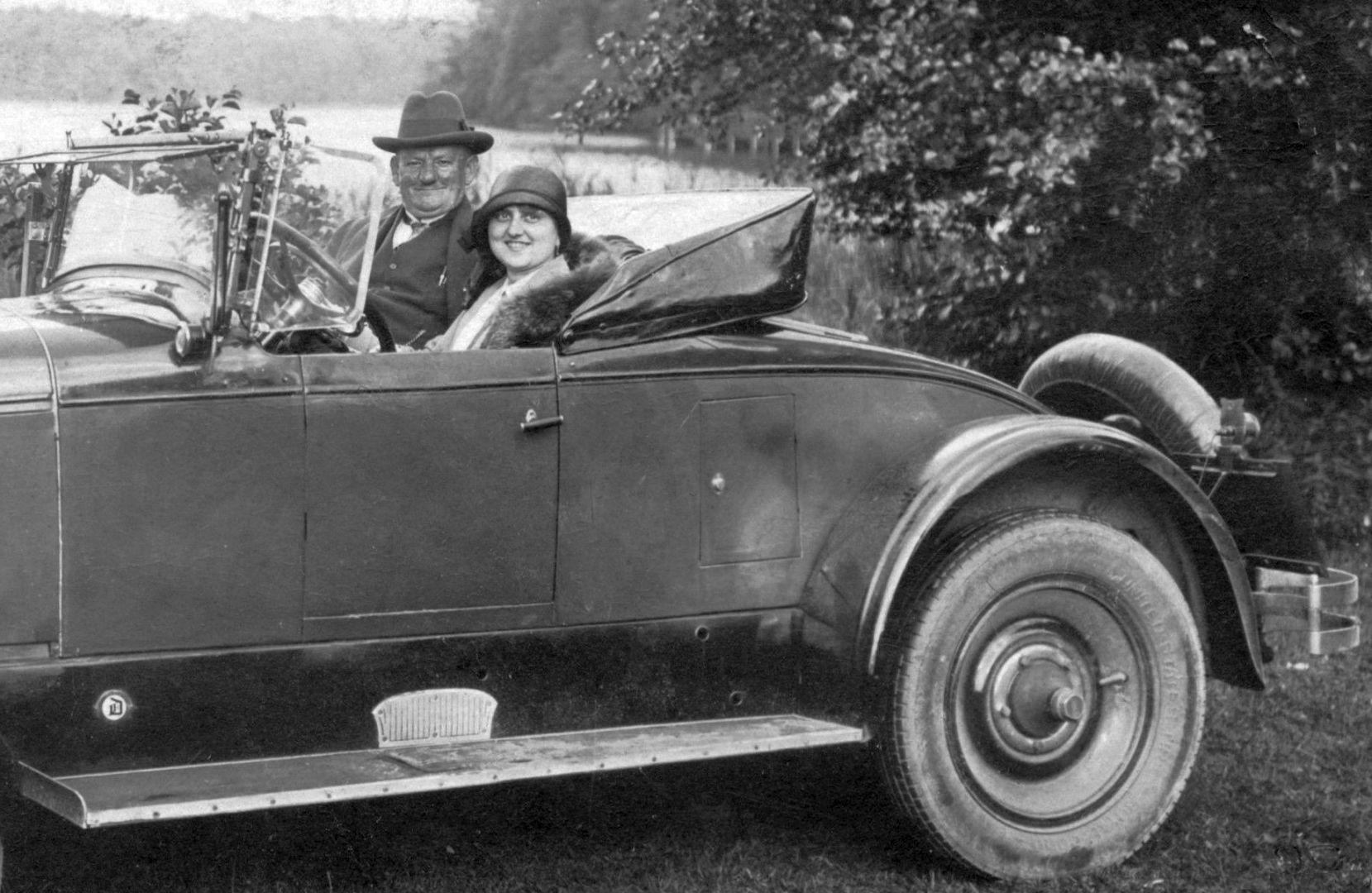 Chandler_Roadster_1926-27_Pk_Ahlbeck-Berlin_08-1928_Seitenpartie