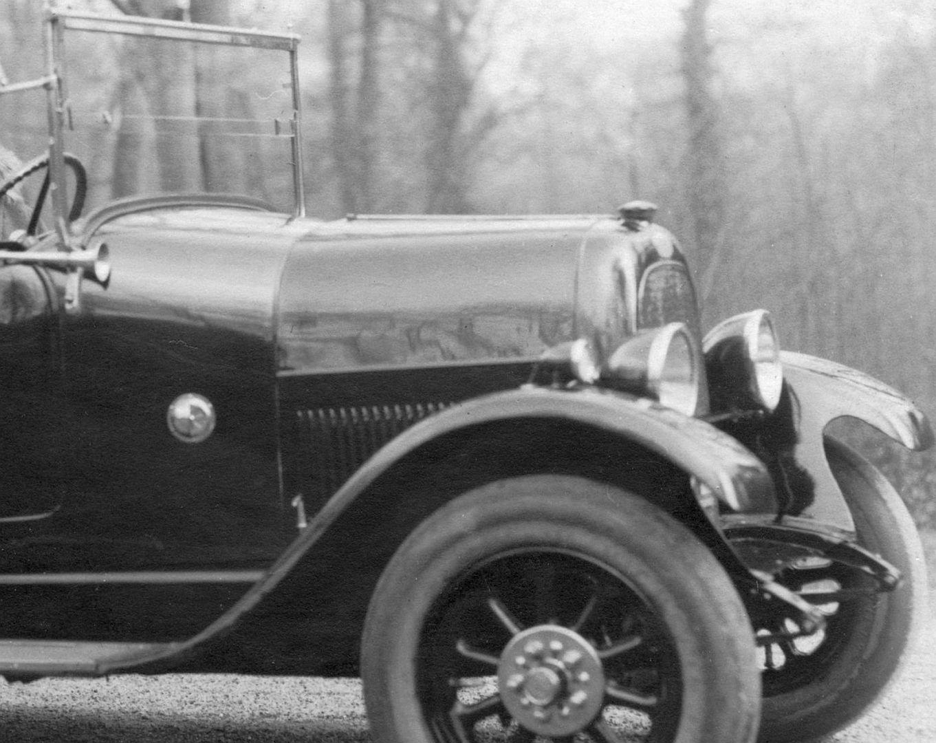 Fiat_501_Zweisitzer_Pk_Brüssel_nach_Stolp_04-1927_Frontpartie