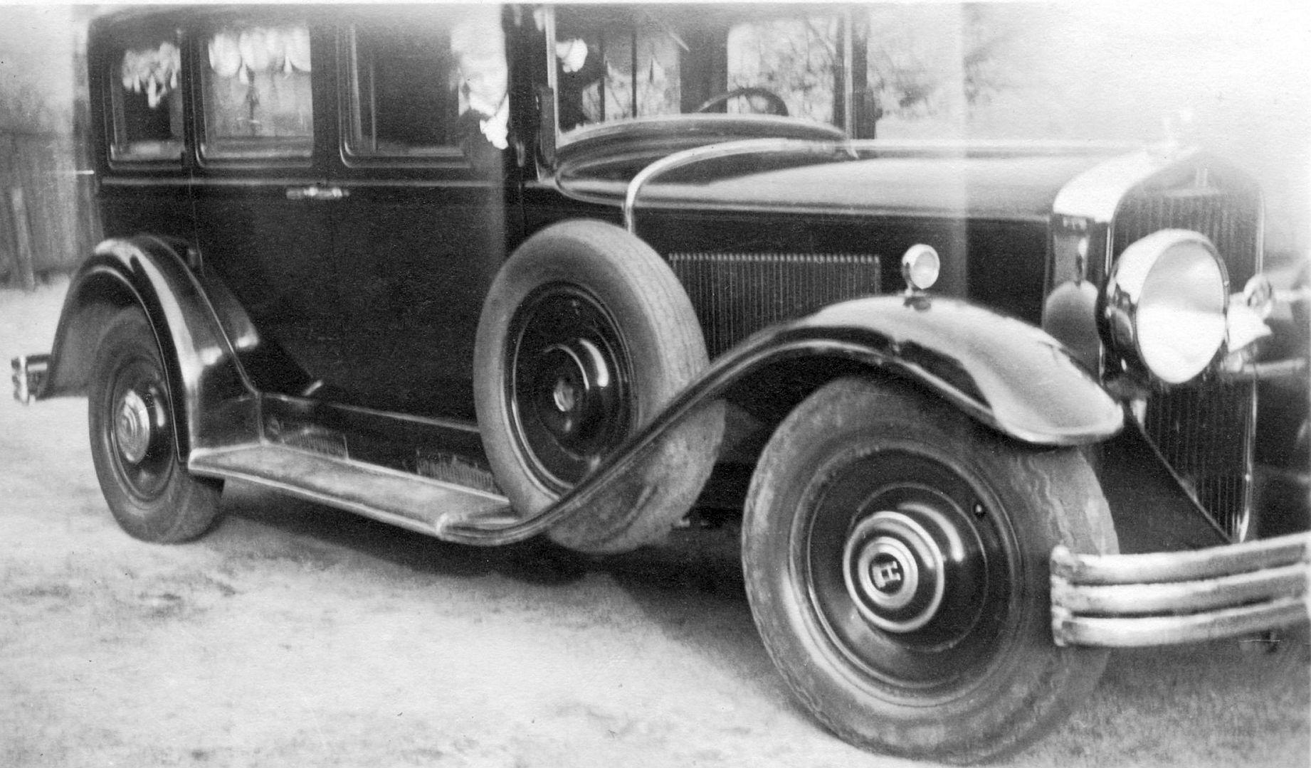 horch_375_limousine_kind_galerie