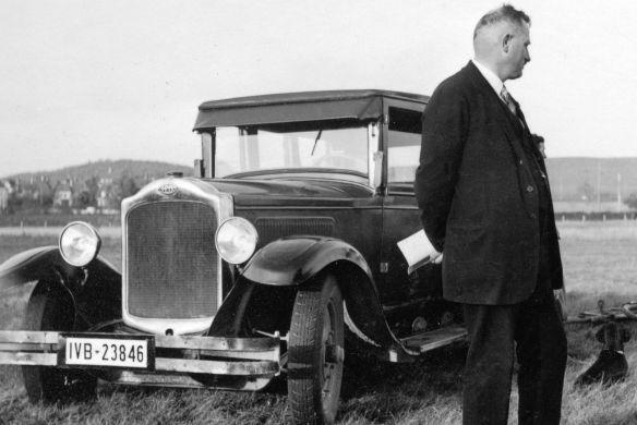 Opel_10-40_PS_Limousine_ab_1927_Fahrrad_Galerie