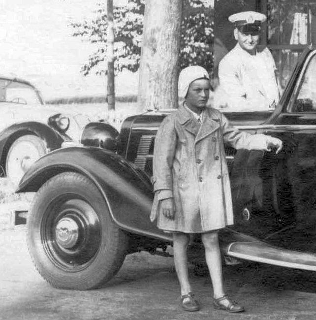 Audi_225_Luxus_Cabrio_KaufhausAlbrecht_SH_Dierks_Ausschnitt1