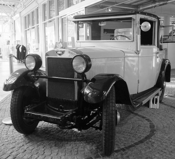 Hanomag_3-18_PS_Central-Garage_3_Galerie