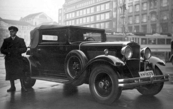 Nash_Advanced_6_1929_MönckebergstrassePferdemarkt_HH_Dierks_Galerie