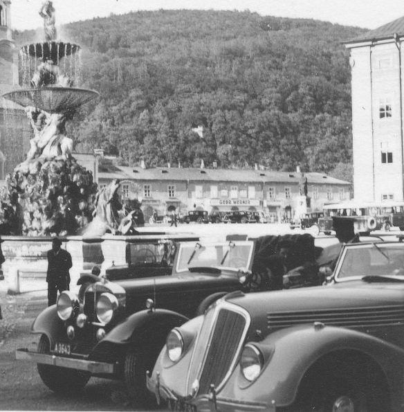Renault_Viva_oder Nerva_Grand Sport_1936_Salzburg_Residenzplatz_Galerie