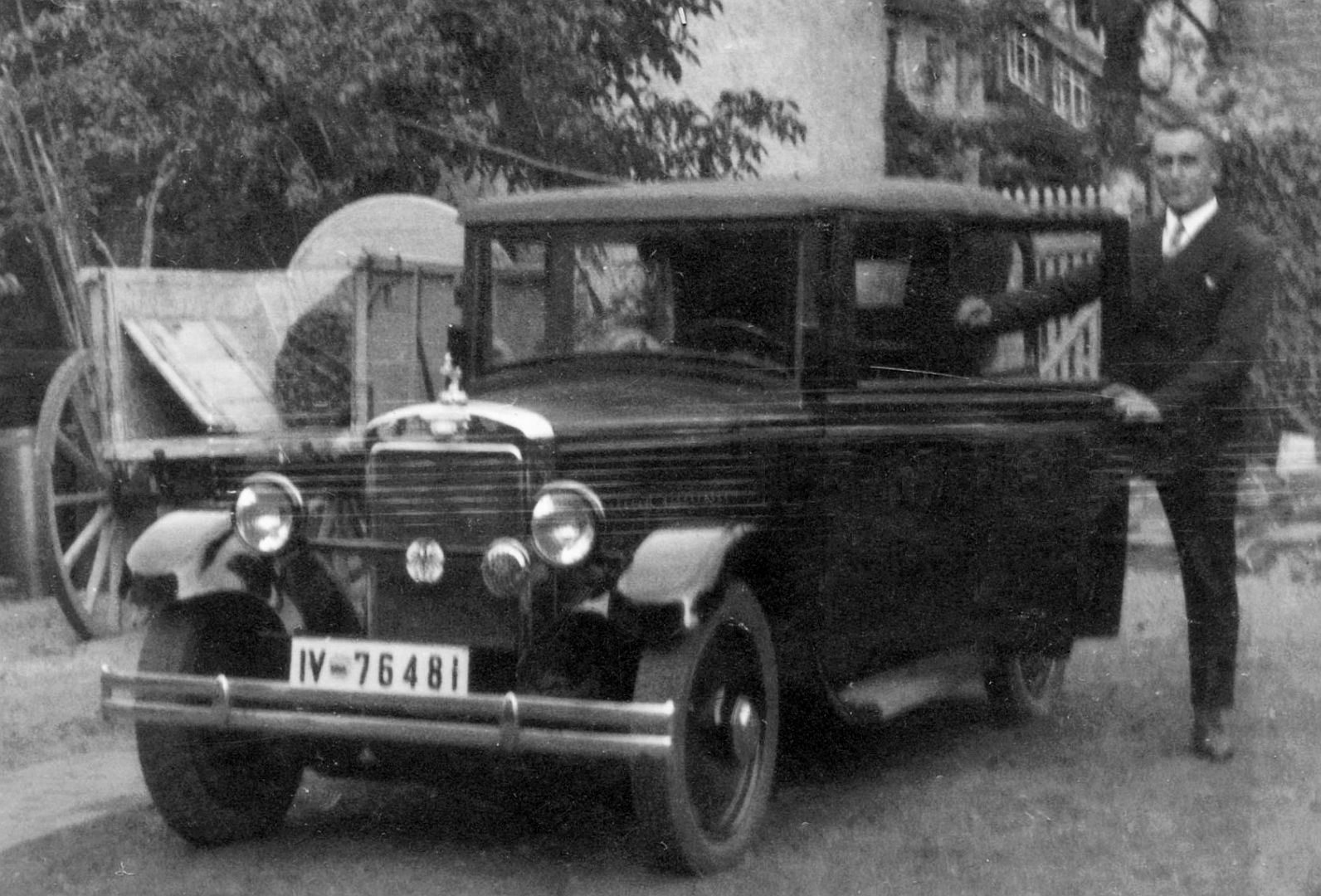Hanomag_3-16_oder_4-20_PS_Limousine_09-1932_Galerie