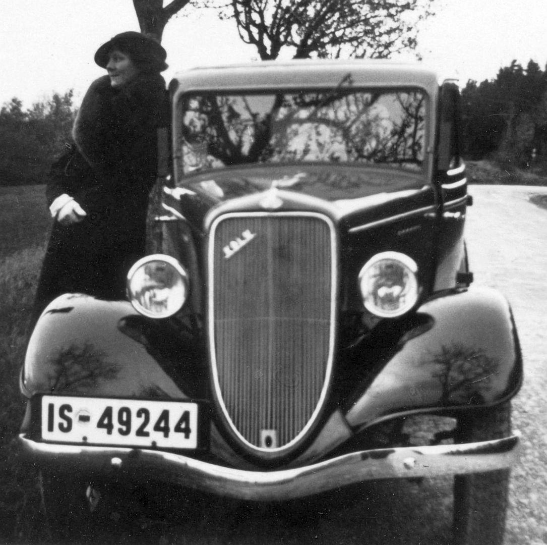 Ford_Köln_11-1935_Foto_Hildesheim_Galerie