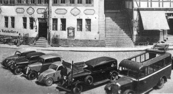 Buick_1933_Fiat_500_Ford_DKW_US_Stolberg_Harz_Ak_Galerie2