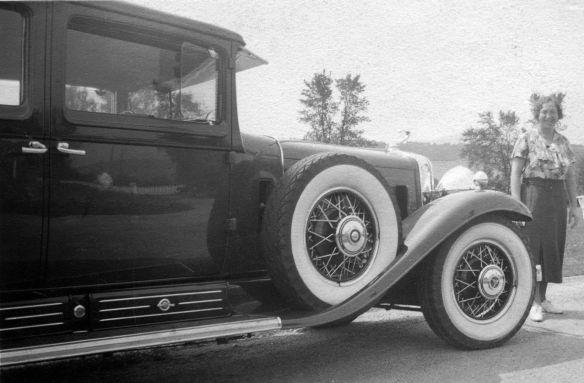 Cadillac_V16_1930_dt_beschriftet_Galerie