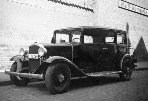 Chevrolet_Confederate_1932_Wolfenbüttel_Galerie