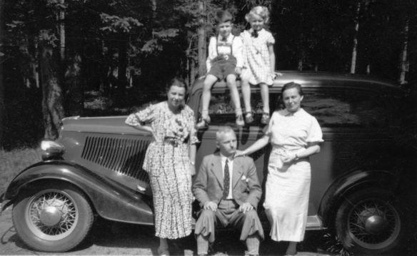 Ford_model_C_Typ_Rheinland_Familie_Galerie