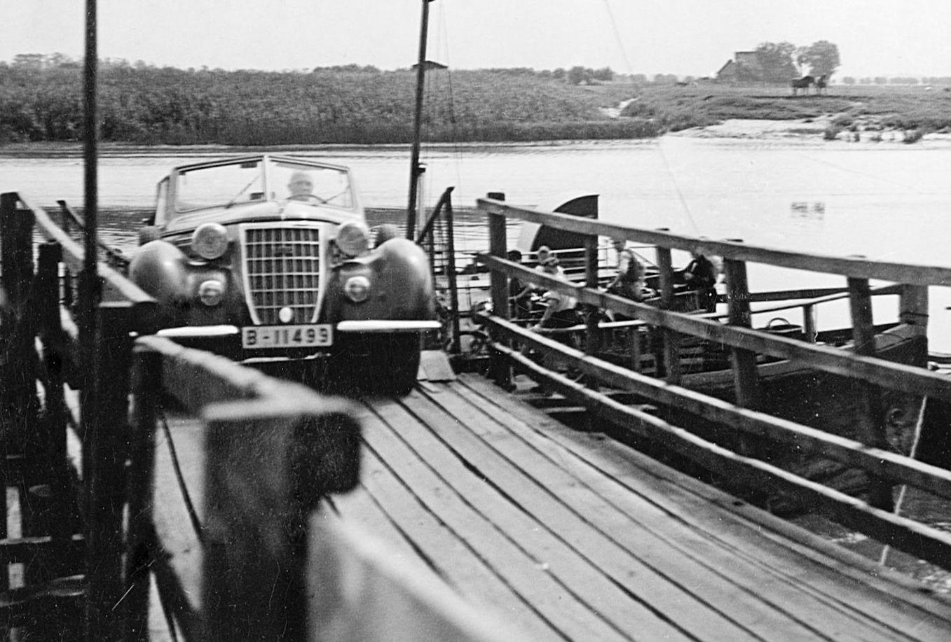 Wanderer_W51_oder_52_07-1937_Fähre Glückst.Wischhaf. Gießerei Gerhards_Seesener Fabrikant_via_W-D-Ternedde_Galerie