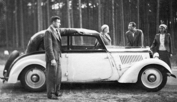 DKW_F4_Cabriolet_Nachkrieg_Galerie